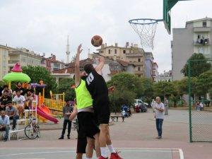 Samsun'da Hakimiyet Milletindir 3x3 Basketbol Turnuvasında Kupalar Sahiplerini Buldu