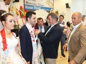 AK Parti Samsun Milletvekili Köktaş Hemşerilerinin Nikah Merasimlerine Katıldı
