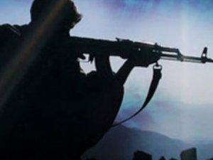 Hakkari'de PKK'lılar ile Güvenlik Güçleri Arasında Çatışma