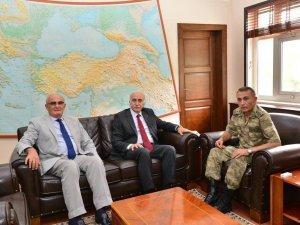 Samsun Valisi Şahin ve Başkan Yılmaz'dan Garnizon Ziyareti