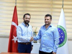 Bursa'da Türkiye Şampiyonları'na Atış Yapı'dan Destek