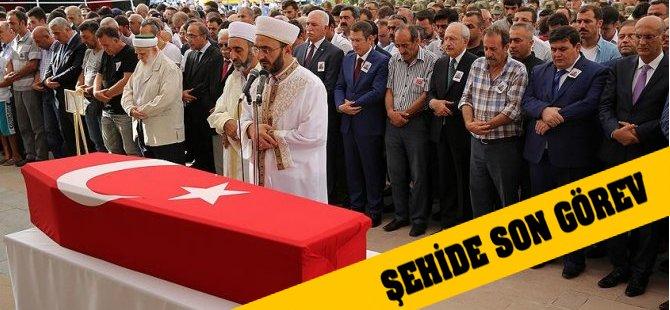 Kılıçdaroğlu Saldırısında Şehit Düşen Er Toprağa Verildi
