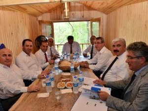 Orta Karadeniz Kalkınma Ajansı (OKA)  Kuş Cenneti'nde Toplandı