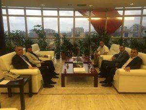 AK Parti Atakum İlçe Başkanı Ömer Faruk Şahin OMÜ Rektörünü Tebrik Etti