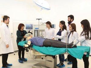 Sağlık Bölümleri Öğrencilerin Gözdesi