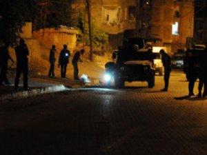 Hakkari'de Zırhlı Aracın Geçişi Sırasında Patlama