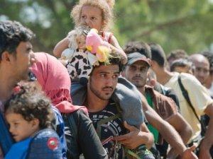 Suriyeliler Yeniden Yollara Düştü