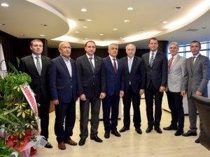 Samsun SAMSİAD'dan Rektör Bilgiç'e Tebrik Ziyareti