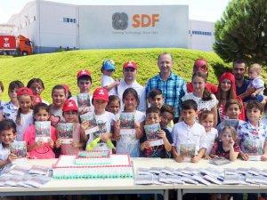 SDF'den Öğrencilere Okul Seti