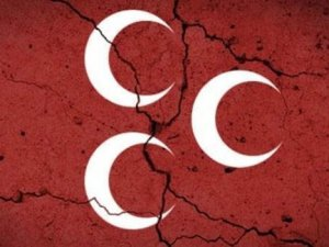 MHP'de 5 İlçe Teşkilatı Görevden Alındı