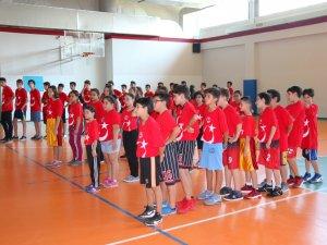 Samsun'un İlkadım İlçesi Yaz Spor Okulları Kapanışı Gerçekleştirildi