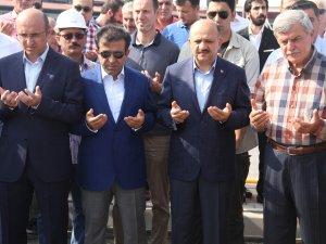 """Milli Savunma Bakanı Işık: """"Demokrasinin Kırmızı Çizgisi Terördür"""""""
