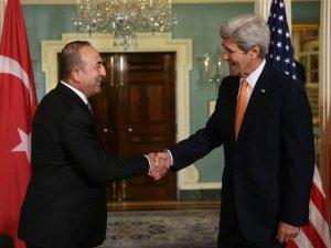 Çavuşoğlu ABD'li Mevkidaşı Kerry'le 'Suriye'yi Görüştü