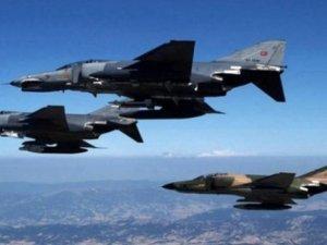Kuzey Irak'a 4 Ayrı Hava Harekatı