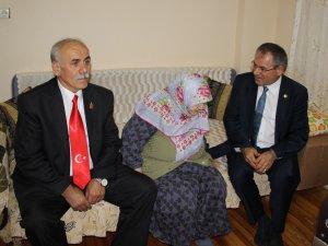 CHP Samsun Milletvekili Zeybek, Şehit Ailelerini Ziyaret Etti