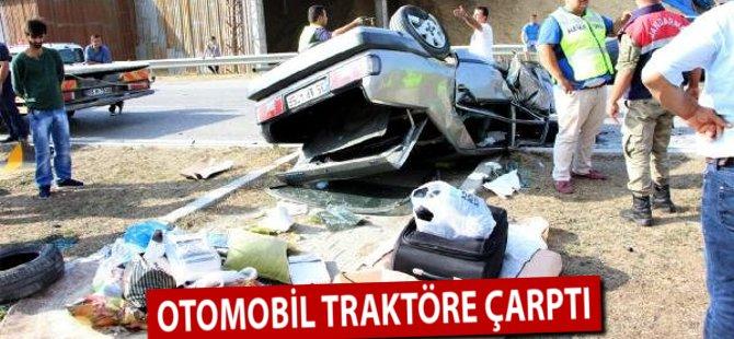 Samsun'da Otomobil Traktöre Çarptı: 5 Yaralı