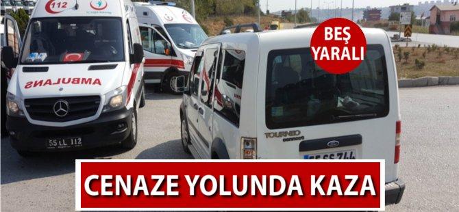 Samsun'da Cenaze Yolunda Kaza: 5 Yaralı