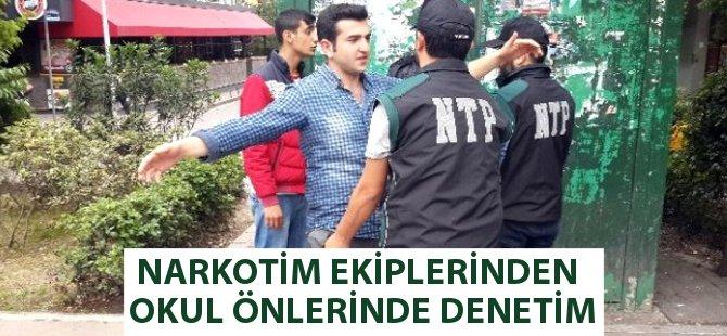 """Samsun'da """"Narkotim Projesi"""" Kapsamında Yaya ve Motorize Ekipler Okul Çevresinde Denetim Yaptı"""