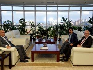 Samsun'un Alaçam İlçe Belediye Başkanı'ndan Bilgiç'e Tebrik Ziyareti