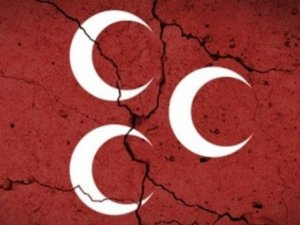 MHP Kurultay Çağrı Heyetindeki Üç İsmi Partiden İhraç Etti