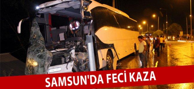Samsun'da Kamyonlarla Çarpışan Otobüsün Şoförü Aracın İçinde Sıkıştı