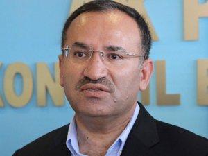 """Adalet Bakanı Bozdağ; """"FETÖ Soruşturmasında 32 Bin Kişi Tutuklandı"""""""