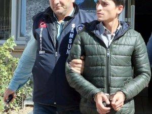 Samsun'da 'Yan Bakma' Kavgası:1 Yaralı