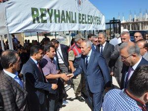 Reyhanlı'da Ecyel Alhadis Geçici Eğitim Merkezi Törenle Açıldı