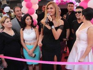 Tuğba Özay Adana'da Güzellik Merkezi Açılışına Katıldı