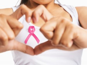 Meme Kanseri Riskini Azaltmak İçin Dengeli Beslenmek Şart