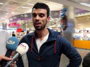 Dünya Şampiyonu Sofuoğlu Türkiye'ye Geldi