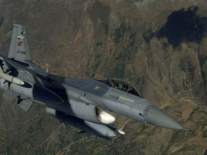 Kuzey Irak ve Çukurca Kırsalına Hava Harekatı Düzenlendi