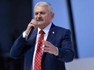 Başbakan Yıldırım: Siz Bizim Cumhuriyet Sevgimizi Ölçecek Kalibrede Misiniz