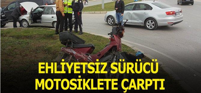 Samsun'da Motosiklet Otomobille Çarpıştı: 1 Yaralı