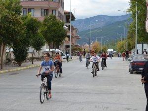 Kargı Panayırında Bisiklet Yarışması Yapıldı