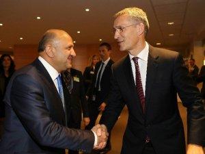 Milli Savunma Bakanı Fikri Işık, NATO Genel Sekreteri Stoltenberg İle Görüştü