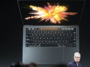 Apple, Macbook Pro Ve Macbook Air'i Tanıtıyor