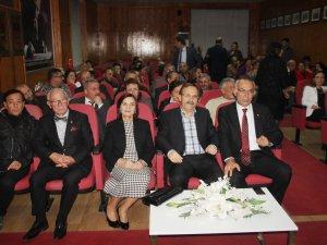 Bafra'da Cumhuriyet Kutlamalarında Şiir Dinletisi Yapıldı