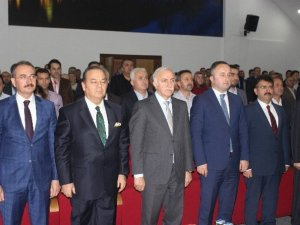 Samsun'da 'Yönetici Ve Liderlik' Konferansı