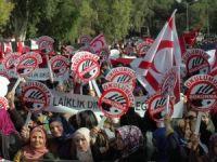 KKTC'nin Tek İlahiyat Kolejinin Kapatılması Girişimlerine Mitingli Tepki