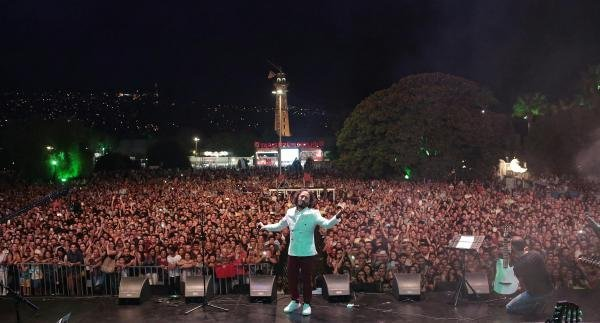 Fettah Can İzmir'i Coşturdu