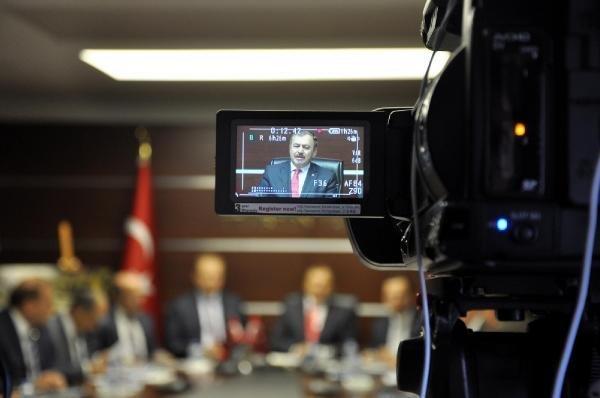 Bakan Eroğlu: Yeşil Yol'a Neden Karşı Çıkılıyor Anlamakta Zorlanıyorum