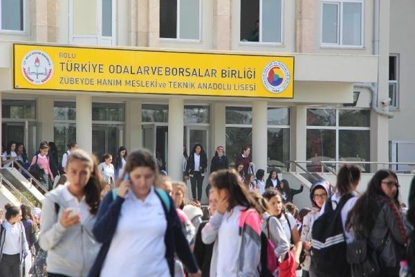 Bolu'da 25 Öğrenci Zehirlendi