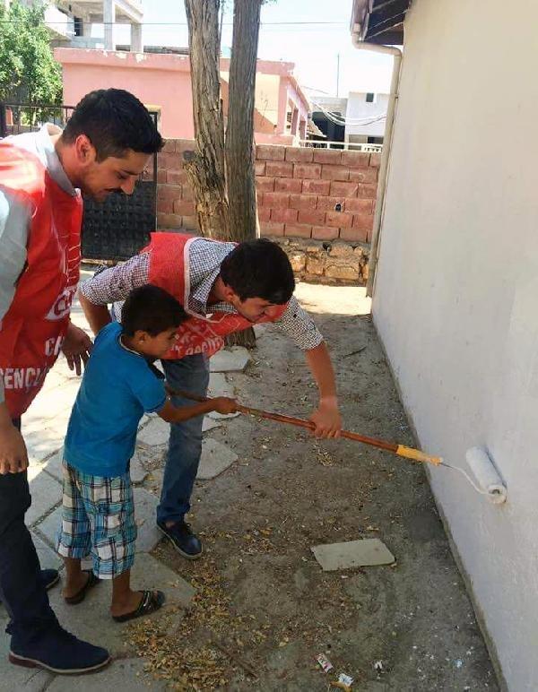 Hatay'da CHP'li Gençler Okul Boyadı