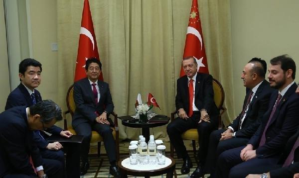 Cumhurbaşkanı Erdoğan Japonya Başbakanı Şinzo Abe'yi Kabul Etti