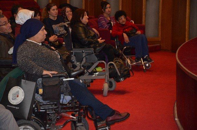 Engelliler, Sağlık Sorunlarını Çözmek İçin Toplandı