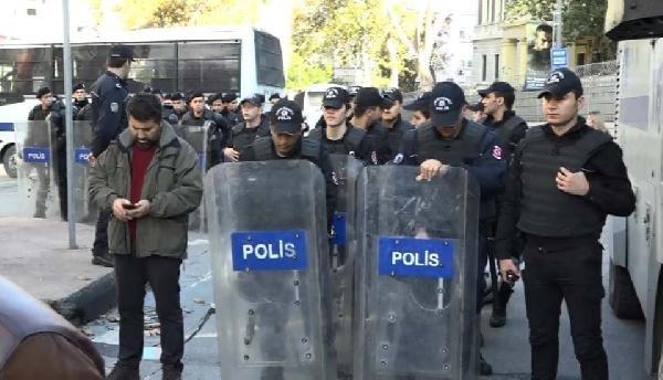 İstanbul'da Alman Konsolosluğu Önündeki Eyleme Polis Önlemi