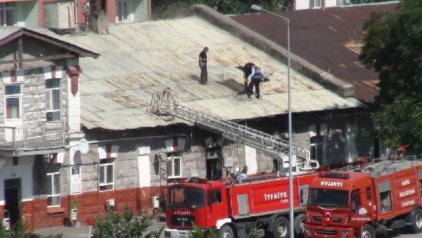 Kars Mekanize Tugay Komutanlığı'nda Yangın Çıktı