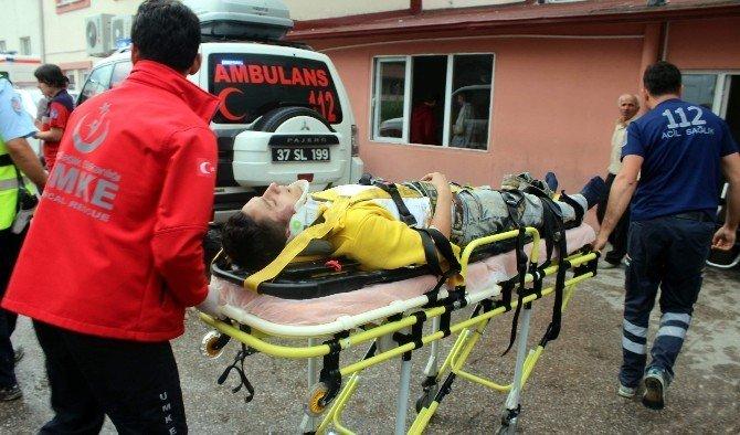 Kastamonu'da 100 Metrelik Uçuruma Yuvarlanan Araçtan Sağ Kurtuldular