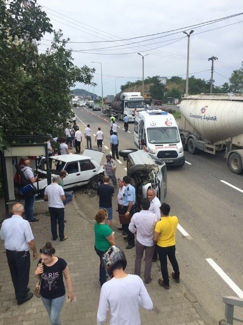 Fatsa'da Trafik Kazası: 6 Yaralı